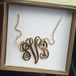 24K Gold Plated Curly Split Chain Monogram Necklace -                          	How it looks in reality - Thumbnail - 7