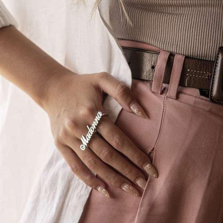 Two Finger Name Ring - Model