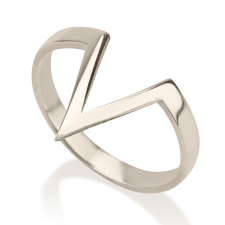 V Shaped Ring