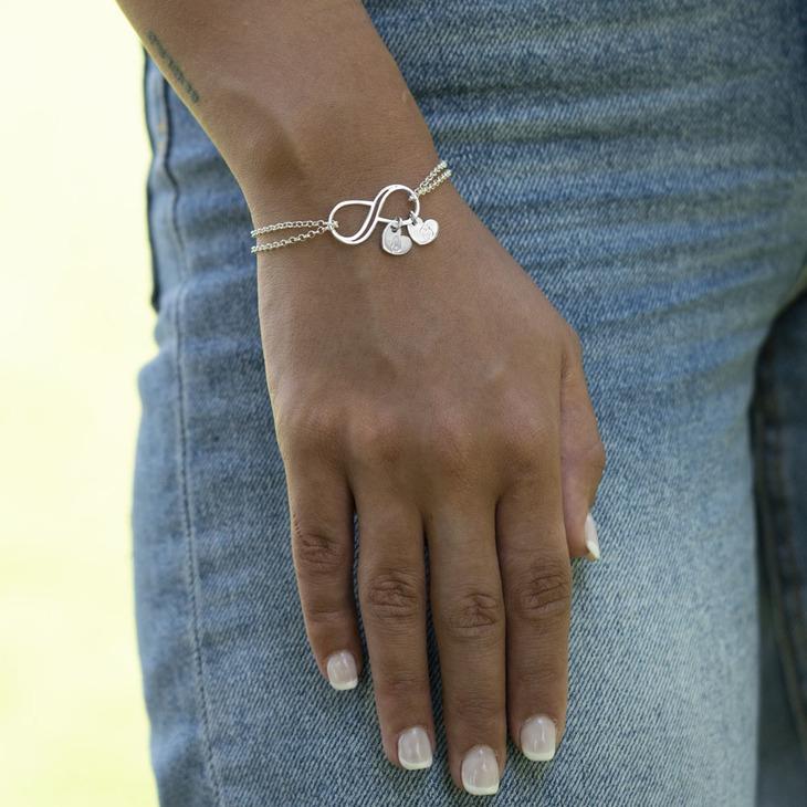 Personalized Infinity Bracelet - Model