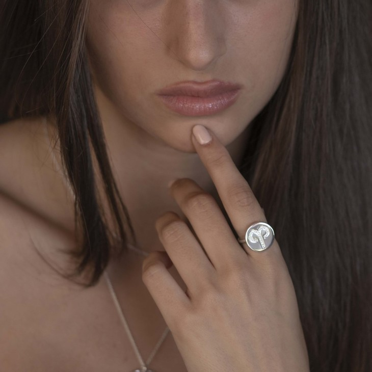Zodiac Sign Ring with Cubic Zirconia - Model