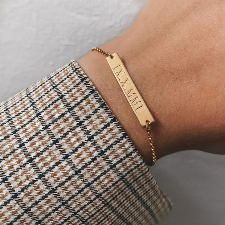 Roman Numeral Bar Bracelet - Model