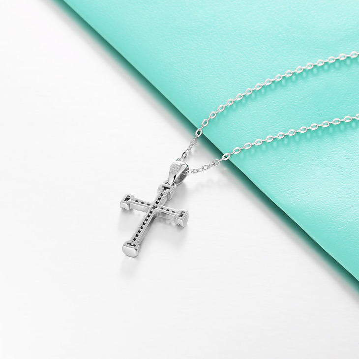 Cubic Zirconia Cross Pendant Necklace - Picture 4