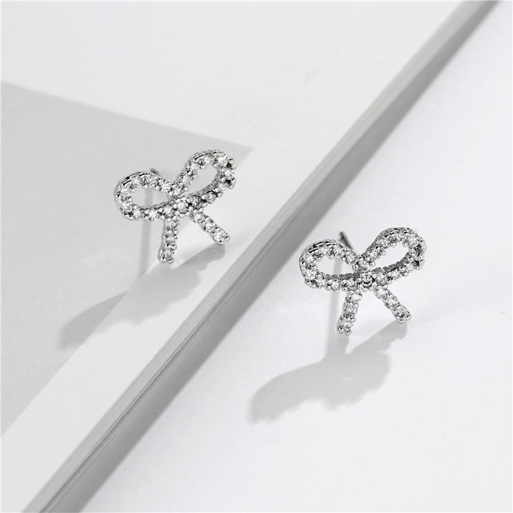 Cubic Zirconia Bow Earrings - Picture 3