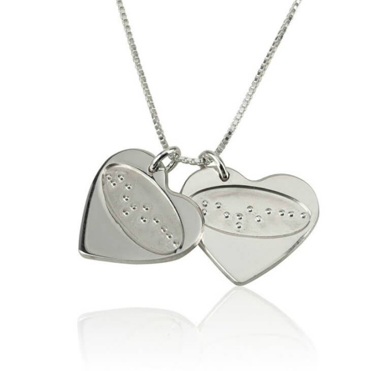 "Collar ""Te amo"" en Braille"
