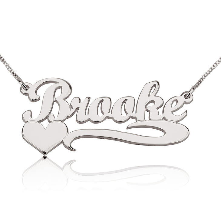 Name Necklace With Heart - Picture 2