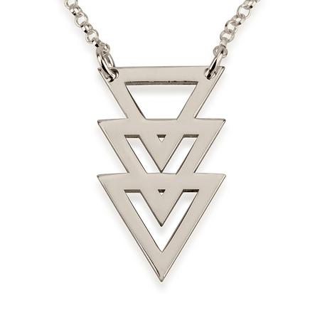 Collar Triangular Triple