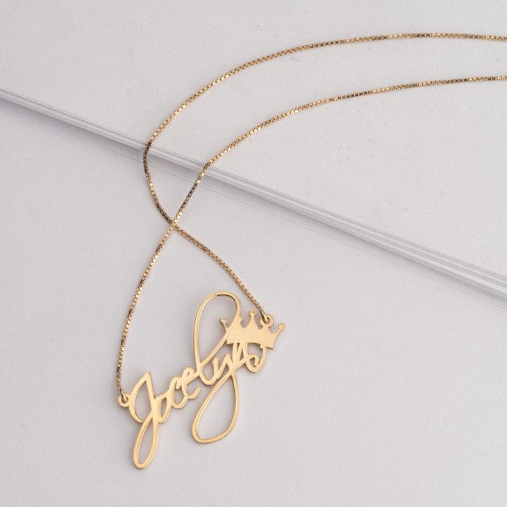 Princess Name Necklace - Model