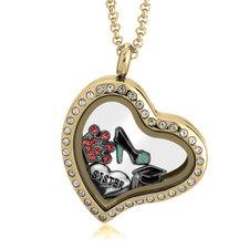 Medallón Corazón Flotante Dorado