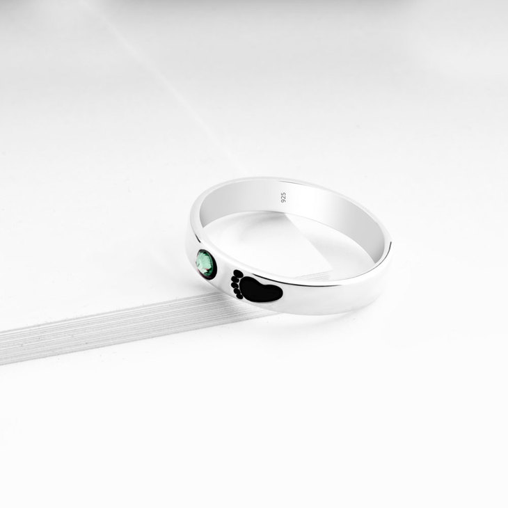 Baby Footprint Ring - Picture 2