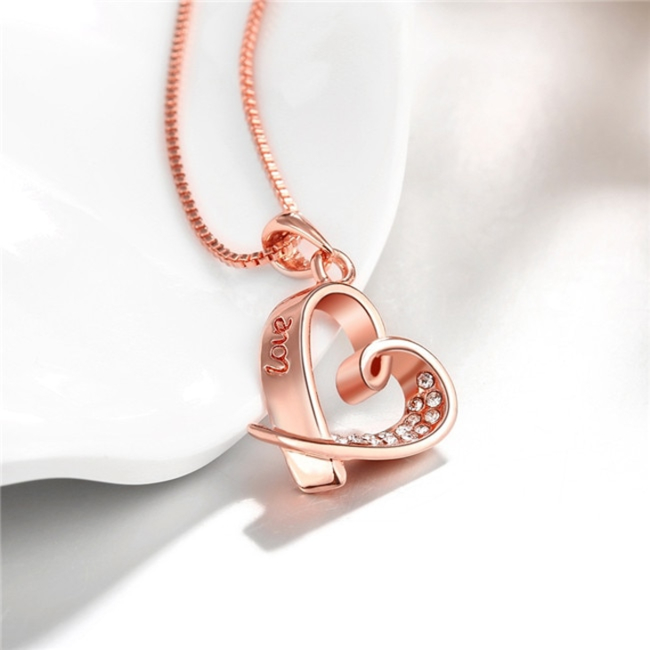 Love Heart Pendant Necklace - Picture 2