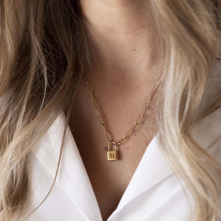 Lock Necklace - Model
