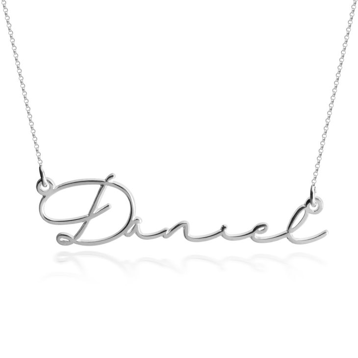 Dainty Script Name Necklace