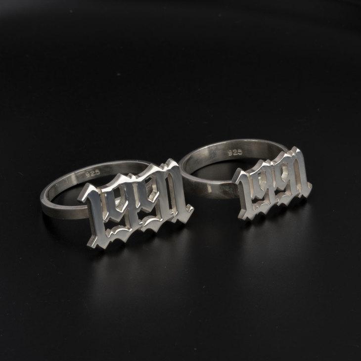 Old English Year Ring - Model