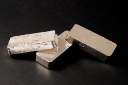 Sterling Silver Vs. Regular Silver